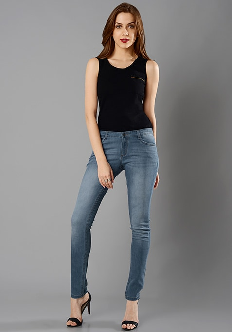 Classic Skinny Jeans - Light Wash